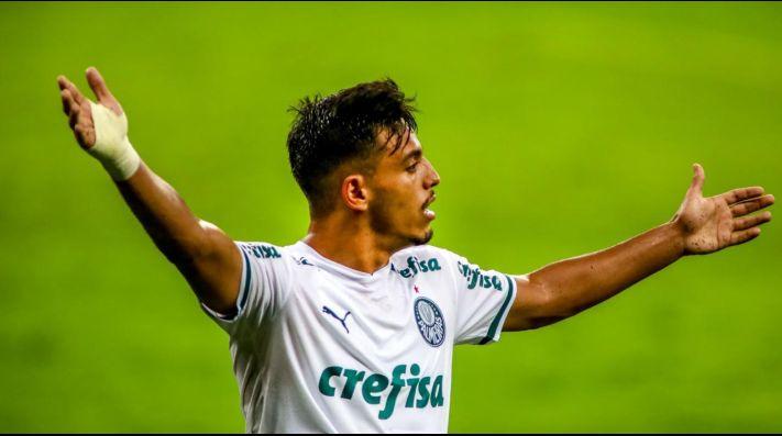 Chico Lang coloca Menino fora do Palmeiras e torcida detona jornalista na web