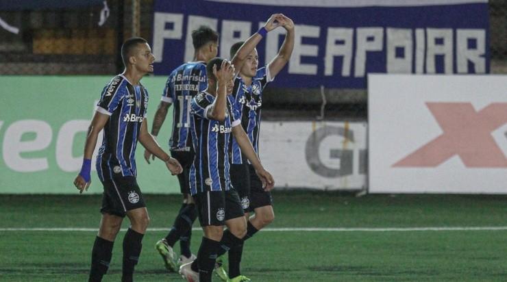 No Gauchão: Pedro Lucas marcou contra o São José (Foto: Fernando Alves/AGIF)