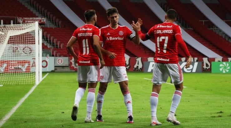 Yuri Alberto e Thiago Galhardo: dupla está em alta na temporada (Foto: Ricardo Duarte/Inter/Divulgação)