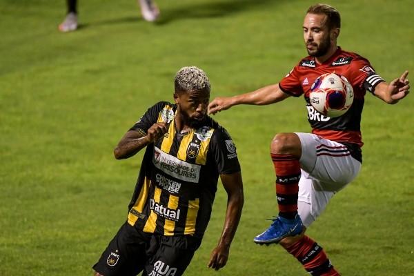 Flamengo x Volta Redonda pelo primeiro jogo da semifinal do Carioca. (Foto: Thiago Ribeiro/AGIF)