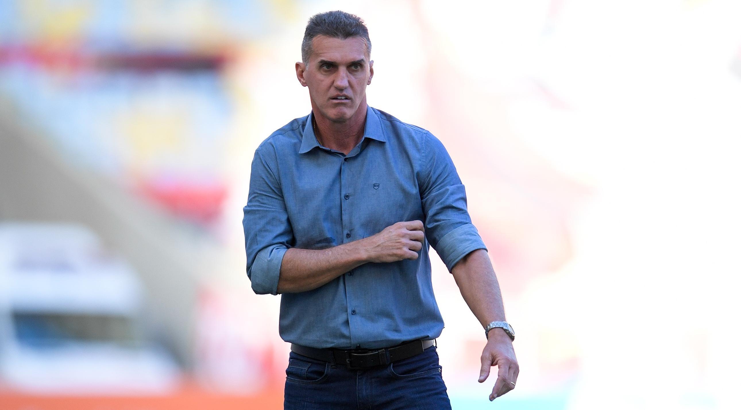 Mancini descartou 'tirar o pé' para prejudicar o rival - Foto: Fernando Soutello/AGIF.